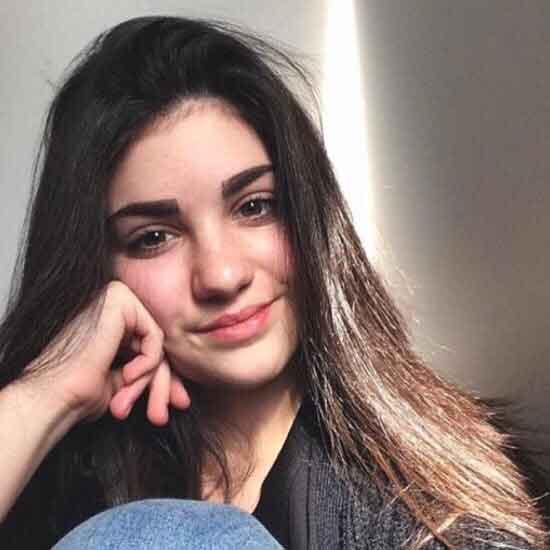 Alexia Charron - École secondaire Curé-Mercure